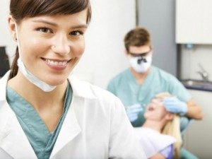 assistente dentista